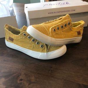 Brand New Blowfish Sneaker